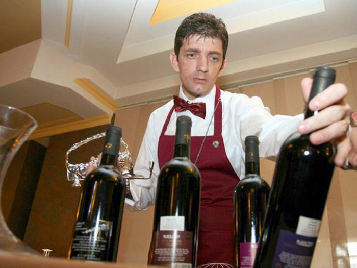 Ritualul vinului - Sergiu Nedelea